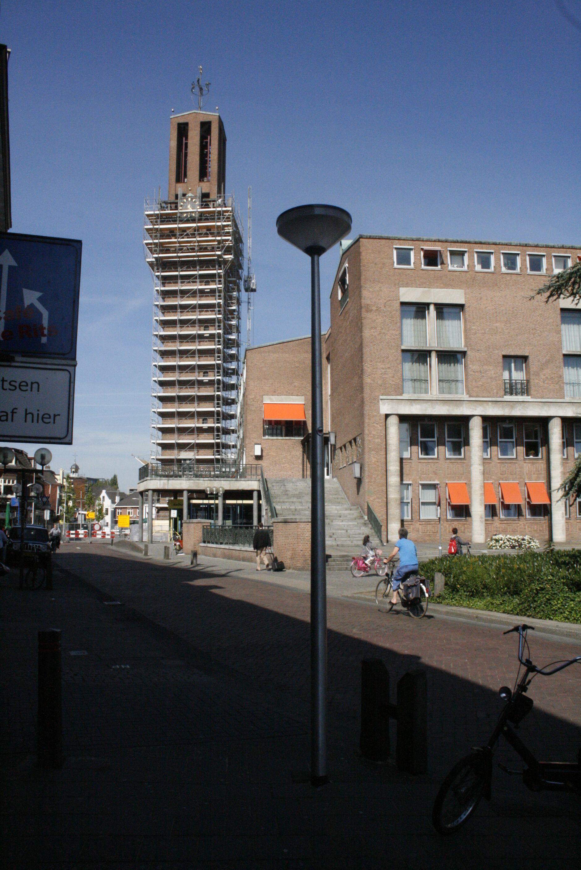 Stadhuistoren in de steigers